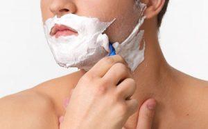 髭剃りでカミソリ負けしてしまうのはなぜ?治し方と治療方法、おすすめの薬は?